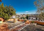 Location vacances Hostalric - Villa Olombel-4