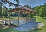 Location vacances Huntsville - Guntersville Lake Cabin with 3 Fishing Ponds!-3