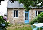 Location vacances Trégastel - House 3 personnes Penn-Ty Petite maison bretonne Wifi inclus jardin privatif proche plage et commerces.-1