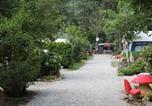 Camping avec Site nature Vion - Camping Les Sables-4