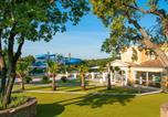 Camping avec Piscine Saint-Tropez - Homair - Domaine des Naïades-1