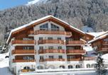 Location vacances Albinen - Apartments Residenz Iris-1