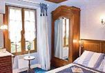 Location vacances Trélou-sur-Marne - Holiday home Courtemont Varennes Op-1186-3