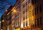 Hôtel Paysage culturel d'art rupestre de Gobustan - Liv'in Residence by Fleming's Wien-2