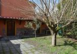 Location vacances  Province de Lucques - Small Tuscan House-3