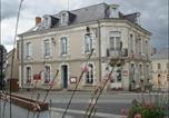 Hôtel Mayenne - Le Relais de la Calèche-1