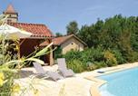 Location vacances Pontcirq - Two-Bedroom Holiday Home in Pontcirq-1