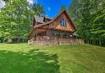 Location vacances Duluth - Lakefront Superior Cottage with Deck and Boat Dock-1