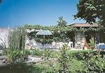 Location vacances Villeneuve-d'Allier - Holiday Home Rue La Bourzede-3