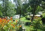 Camping  Acceptant les animaux Haute-Garonne - Camping Naturiste Les Aillos-1