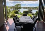 Location vacances Diddillibah - Lagoon-Front Luxury at Twin Waters Resort-2