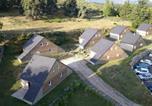 Location vacances  Lozère - Village de gîtes Les Chalets de l'Aubrac-2