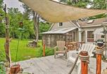 Location vacances Brattleboro - Rustic-Chic Cottage with Yard and Grill - Near Hiking!-3