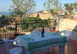 Location vacances Calopezzati - House with 2 bedrooms in Rossano with wonderful sea view and furnished terrace 3 km from the beach-1