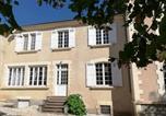 Location vacances Saint-Médard-d'Excideuil - Vue du Chateau Gite Apartment-1