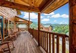 Location vacances Gatlinburg - Smoky Mountain Dream, 5 Bedroom, Pool Table, New Construction-3