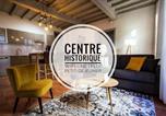 Location vacances  Tarn-et-Garonne - En toute intimité dans le centre historique-1