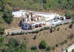 Location vacances Sayalonga - Villa Javier-2