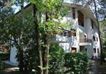 Location vacances  Province d'Udine - Apartments in Lignano 40913-1