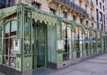 Location vacances  Paris - Apartment in Champs Elysées area-1