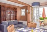 Location vacances Bord de mer de Fréhel - Two-Bedroom Holiday Home in Saint Cast Le Guildo-2