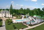 Camping avec Piscine Suèvres - Camping Sandaya Château des Marais-1