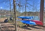 Location vacances Elberton - The Lake Place Cabin with Golf Cart and Kayaks!-2