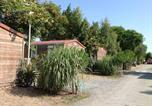Camping avec Piscine Aytré - Camping Au Petit Port de l'Houmeau-1