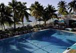 Location vacances Marathon - Tropical Oasis in Key Colony 3 bedrooms 2 Baths w/Cabana Club access-2