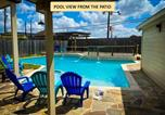 Location vacances Stafford - Pool House Outdoor Kitchen, 25 Mins from Downtown - Penton-1