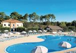 Location vacances Soustons - Two-Bedroom Holiday Home in Soustons Plage-1