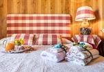 Location vacances Camporgiano - Romantic Retreat in a mountain Cottage-1