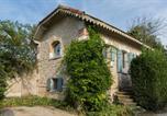 Location vacances Graveson - Mas d'Arvieux Cottage-1
