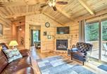 Location vacances Williamstown - Cozy Cabin with Hot Tub and Deck in Hocking Hills!-4
