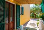 Location vacances  Province de Livourne - Villino La Fontanella-1