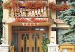 Hôtel Hajdúszoboszló - Júlia Panzió-1