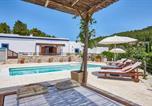 Location vacances Sant Josep de sa Talaia - San Jose Villa Sleeps 8 Pool Air Con Wifi-1
