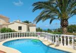 Location vacances  Alicante - Holiday Home Casa Romantica (Den100)-1