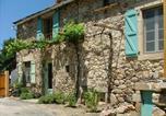 Location vacances  Aveyron - Holiday Home La Lavagne-1