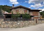 Location vacances Montellà i Martinet - Casa Hort Del Riu-1