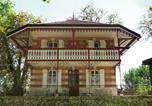 Location vacances Sainte-Marie-la-Blanche - Holiday Home Villa du Lac-1