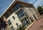 Location vacances Windsor - The Pavillions Apartments by esa-1