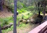 Location vacances Fish Camp - Yosemite Creekside Birdhouse-3