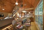 Location vacances Miami - Lakefront Eucha House with Large Deck and Private Dock!-4