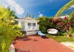 Location vacances  Bahamas - Garden Cottage Orange Hill Beach White Sand!-1