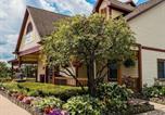 Hôtel Grand Rapids - Econo Lodge Inn & Suites-1
