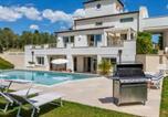 Location vacances  Province de Rimini - Villa Mandara 8&2-1
