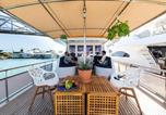 Hôtel Badalone - Charming Boat in Port Forum-1