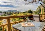 Location vacances Taupo - Rustic Retreat - Taupo Holiday Home-1
