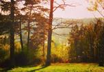 Location vacances Beaumontel - Au Bois Dormant-1
